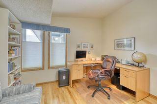 Photo 31: 20A Woodmeadow Close SW in Calgary: Woodlands Row/Townhouse for sale : MLS®# A1127050