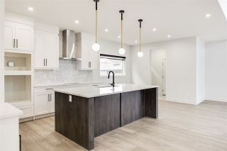 Photo 13: 7446 COLONEL MEWBURN Road in Edmonton: Zone 27 House for sale : MLS®# E4233068