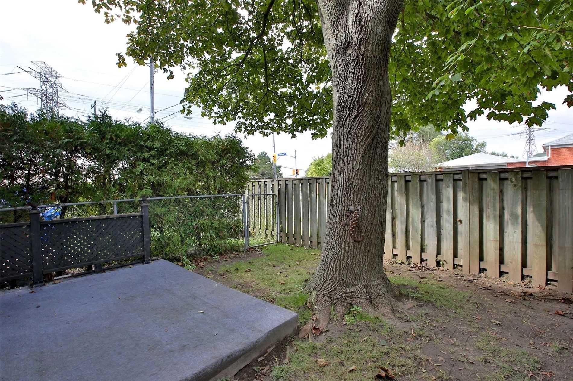 Photo 14: Photos: 8 695 Birchmount Road in Toronto: Kennedy Park Condo for sale (Toronto E04)  : MLS®# E4600623
