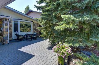 Photo 3: 143 Parkland Green SE in Calgary: Parkland Detached for sale : MLS®# A1140118