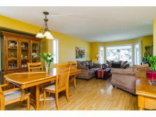 Photo 2: 21154 93RD AV in Langley: Walnut Grove House for sale : MLS®# F1422745