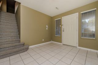 Photo 4: 2390 HARPER Drive in Abbotsford: Abbotsford East House for sale : MLS®# R2218810