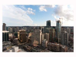 """Photo 9: 3308 1111 ALBERNI Street in Vancouver: West End VW Condo for sale in """"SHANGRI-LA"""" (Vancouver West)  : MLS®# V812031"""