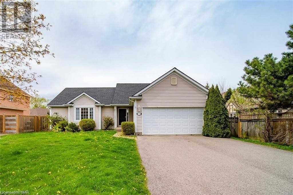 Main Photo: 601 SIMCOE ST in Niagara-on-the-Lake: House for sale : MLS®# X5306263