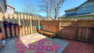 """Photo 9: 20 41450 GOVERNMENT Road in Squamish: Brackendale Townhouse for sale in """"Eagleview"""" : MLS®# R2565651"""