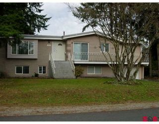 Photo 1: 14275 101ST Avenue in Surrey: Whalley House for sale (North Surrey)  : MLS®# F2832220