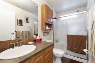 """Photo 10: 19645 PINETREE Lane in Pitt Meadows: Mid Meadows Manufactured Home for sale in """"MEADOWHIGHLANDS"""" : MLS®# R2528246"""