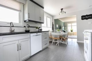 Photo 10: 17 Kenwood Place in Winnipeg: Norberry Residential for sale (2C)  : MLS®# 202111705