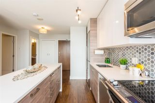 """Photo 5: 1610 550 TAYLOR Street in Vancouver: Downtown VW Condo for sale in """"The Taylor"""" (Vancouver West)  : MLS®# R2251836"""