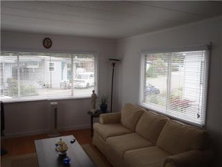 """Photo 4: 40 4200 DEWDNEY TRUNK Diversion in Coquitlam: Ranch Park Manufactured Home for sale in """"HideAway Park"""" : MLS®# V923597"""