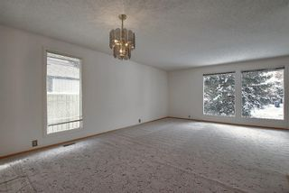 Photo 5: 762 Woodpark Road SW in Calgary: Woodlands Detached for sale : MLS®# A1048869