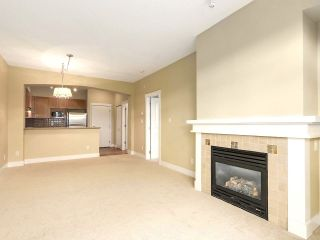 "Photo 4: 413 2280 WESBROOK Mall in Vancouver: University VW Condo for sale in ""KEATS HALL"" (Vancouver West)  : MLS®# R2173808"
