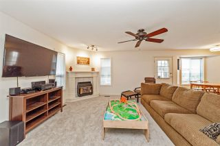 """Photo 8: 33553 KNIGHT Avenue in Mission: Mission BC House for sale in """"Hillside/Forbes"""" : MLS®# R2352196"""