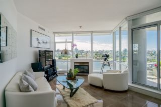 "Photo 7: 1702 638 BEACH Crescent in Vancouver: Yaletown Condo for sale in ""ICON"" (Vancouver West)  : MLS®# R2274580"