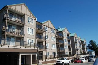 """Photo 1: 208 33165 2ND Avenue in Mission: Mission BC Condo for sale in """"Mission Manor"""" : MLS®# R2568980"""