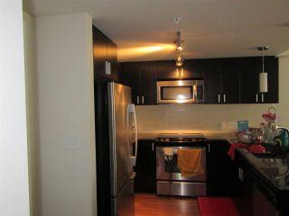 Photo 2: 318 7511 120 Street in Delta: Scottsdale Condo for sale (N. Delta)  : MLS®# R2164512