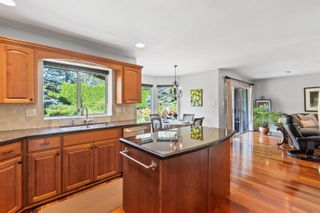 """Photo 12: 14229 31A Avenue in Surrey: Elgin Chantrell House for sale in """"Elgin Park"""" (South Surrey White Rock)  : MLS®# R2614209"""