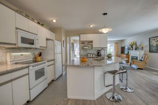 Photo 2: 3699 N Arbutus Dr in Cobble Hill: ML Cobble Hill House for sale (Malahat & Area)  : MLS®# 884712