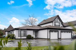 "Main Photo: 33 8567 164 Street in Surrey: Fleetwood Tynehead Townhouse for sale in ""Monta Rosa"" : MLS®# R2563084"