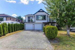Photo 1: 20286 STANTON Avenue in Maple Ridge: Southwest Maple Ridge House for sale : MLS®# R2381763
