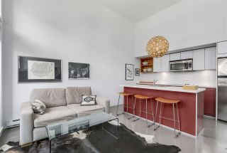 """Photo 7: 2838 WATSON Street in Vancouver: Mount Pleasant VE Townhouse for sale in """"DOMAIN TOWNHOMES"""" (Vancouver East)  : MLS®# R2218278"""
