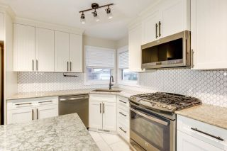Photo 4: 76 DUNLUCE Road in Edmonton: Zone 27 House for sale : MLS®# E4261665