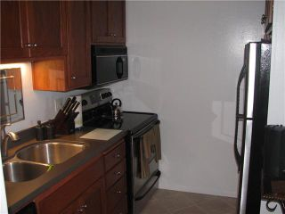 Photo 5: PACIFIC BEACH Condo for sale : 1 bedrooms : 4015 Crown Point Drive #203 in San Diego
