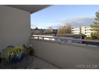Photo 16: 301 1580 Christmas Ave in VICTORIA: SE Mt Tolmie Condo for sale (Saanich East)  : MLS®# 489978