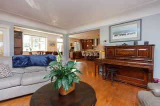 Photo 6: 253 Glenairlie Dr in : VR View Royal House for sale (View Royal)  : MLS®# 866814