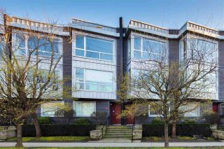 """Main Photo: 652 W 6TH Avenue in Vancouver: Fairview VW Townhouse for sale in """"Bohemia"""" (Vancouver West)  : MLS®# R2556330"""