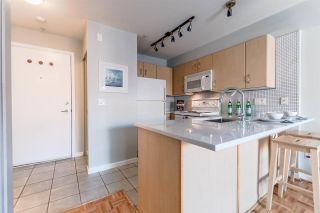 """Photo 4: 311 332 LONSDALE Avenue in North Vancouver: Lower Lonsdale Condo for sale in """"The Calypso"""" : MLS®# R2214672"""