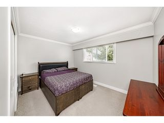 """Photo 17: 18463 56 Avenue in Surrey: Cloverdale BC House for sale in """"CLOVERDALE"""" (Cloverdale)  : MLS®# R2531383"""