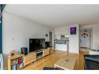 """Photo 6: 920 1268 W BROADWAY in Vancouver: Fairview VW Condo for sale in """"CITY GARDENS"""" (Vancouver West)  : MLS®# V1087529"""