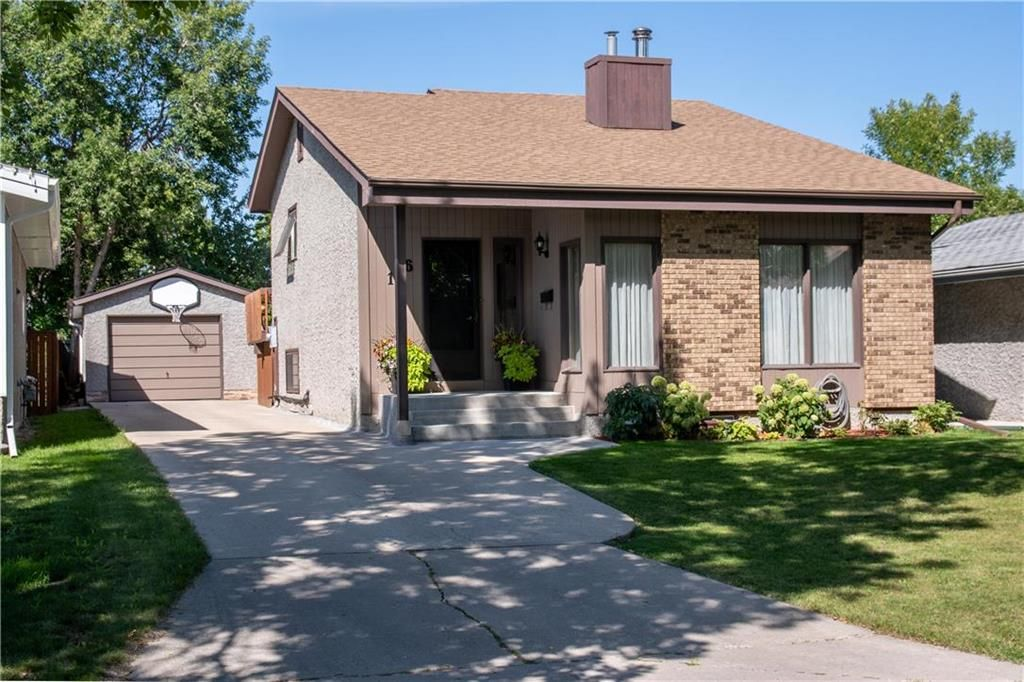 Main Photo: 186 Willowbend Crescent in Winnipeg: River Park South Residential for sale (2F)  : MLS®# 202122585