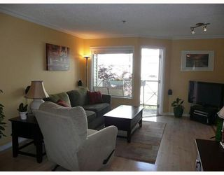 """Photo 4: 203 910 W 8TH Avenue in Vancouver: Fairview VW Condo for sale in """"THE RHAPSODY"""" (Vancouver West)  : MLS®# V765056"""