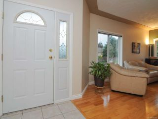 Photo 11: 201 2727 1st St in COURTENAY: CV Courtenay City Row/Townhouse for sale (Comox Valley)  : MLS®# 716740