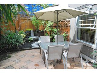 """Photo 8: 103 1959 W 2ND Avenue in Vancouver: Kitsilano Condo for sale in """"CARMEL PLACE"""" (Vancouver West)  : MLS®# V887006"""