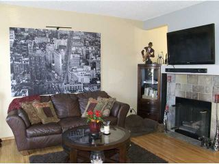 Photo 2: 16194 SHAWBROOKE Road SW in CALGARY: Shawnessy Townhouse for sale (Calgary)  : MLS®# C3589917