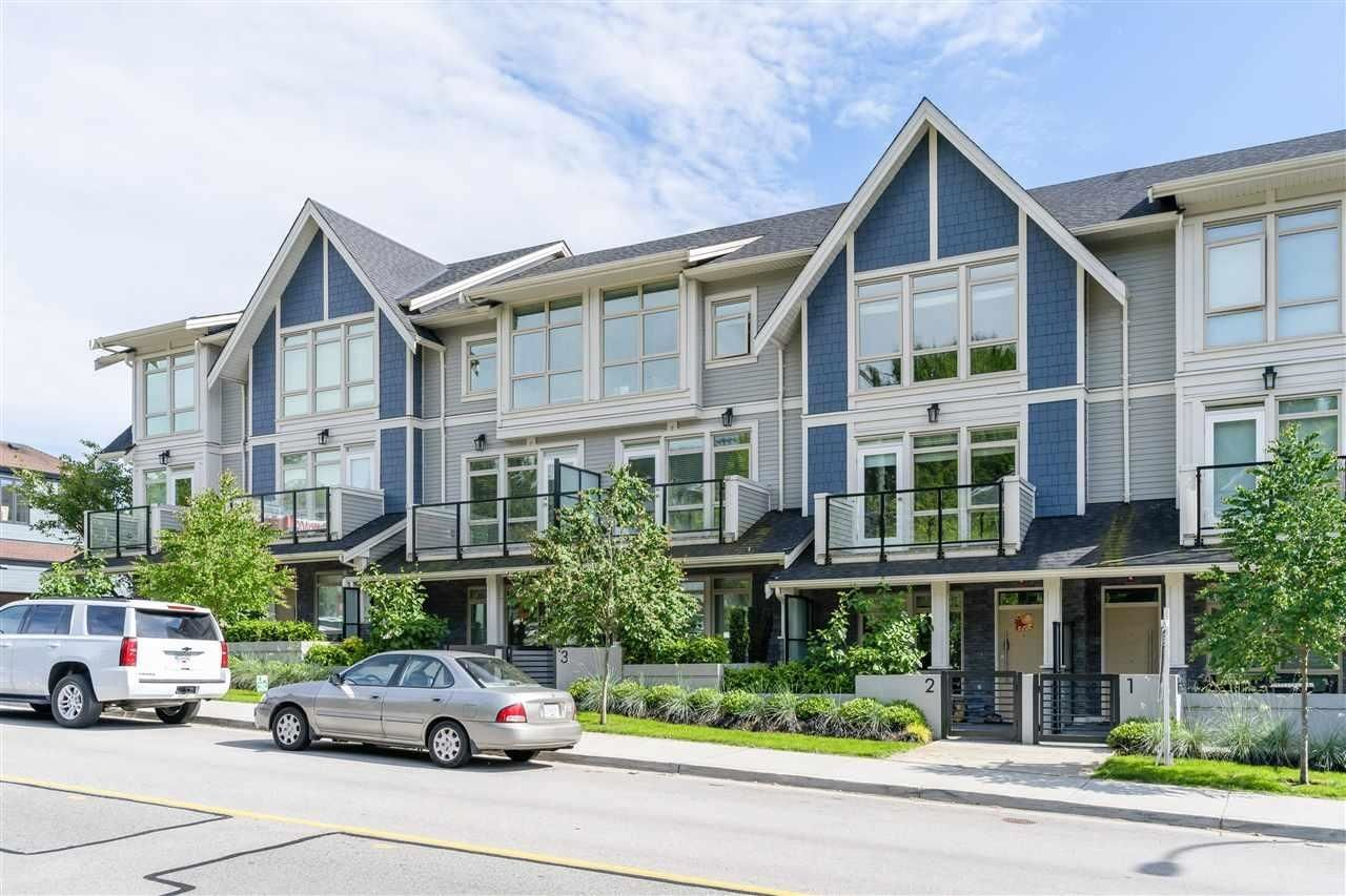 """Main Photo: 2 115 W QUEENS Road in North Vancouver: Upper Lonsdale Townhouse for sale in """"Queen's Landing"""" : MLS®# R2613989"""