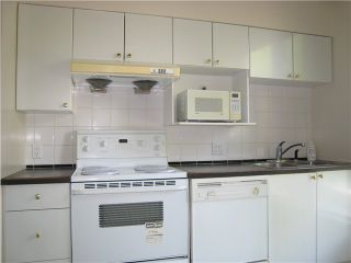 Photo 8: # 203 6191 BUSWELL ST in Richmond: Brighouse Condo for sale : MLS®# V1002909