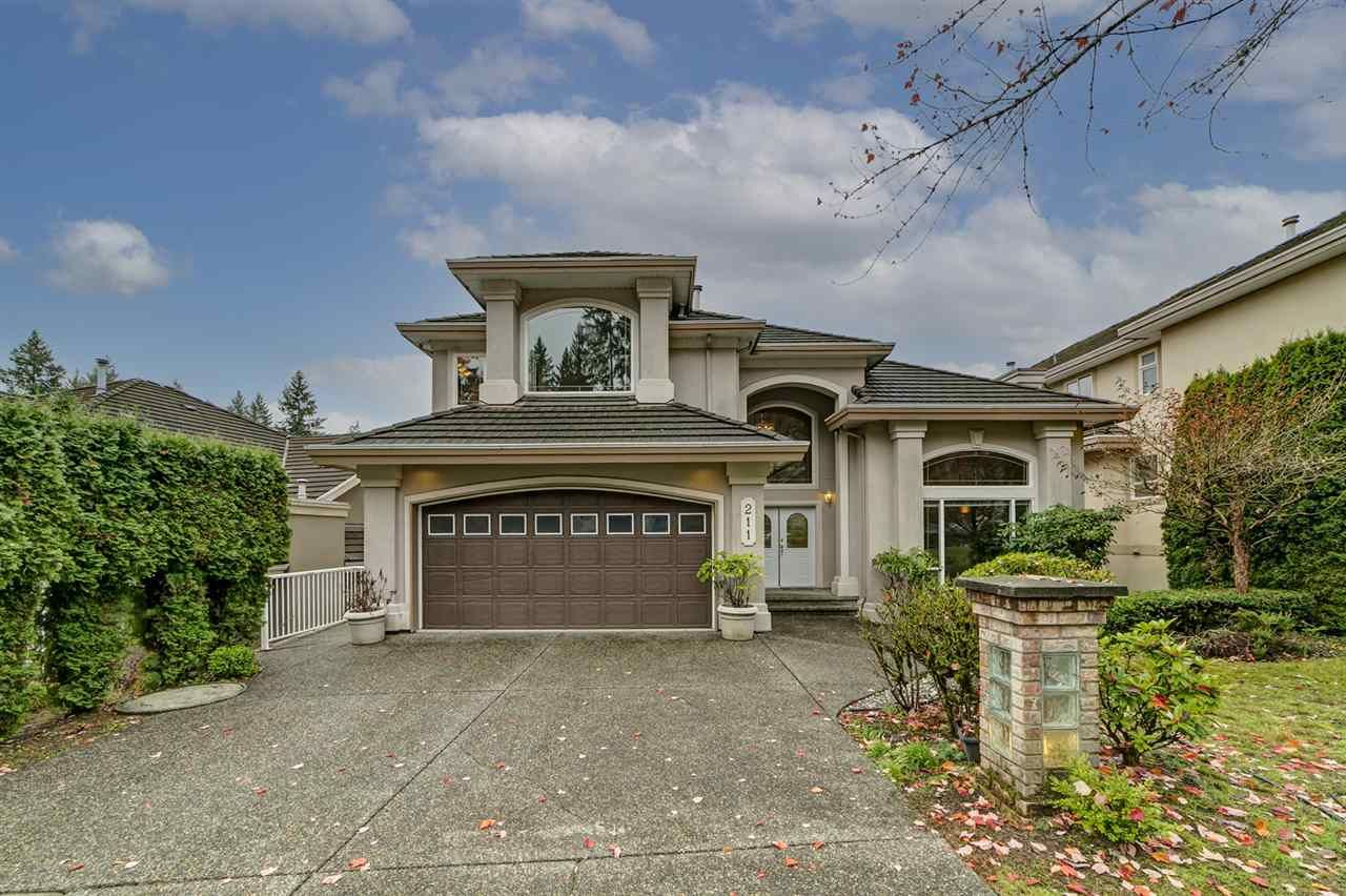 """Main Photo: 211 PARKSIDE Drive in Port Moody: Heritage Mountain House for sale in """"Heritage Mountain"""" : MLS®# R2517068"""