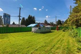 Photo 18: 1941 HOLDOM Avenue in Burnaby: Parkcrest House for sale (Burnaby North)  : MLS®# R2017067