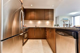 """Photo 8: 1605 2978 GLEN Drive in Coquitlam: North Coquitlam Condo for sale in """"Grand Central One"""" : MLS®# R2534057"""