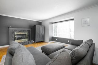 Photo 6: 16065 10A Avenue in Surrey: King George Corridor House for sale (South Surrey White Rock)  : MLS®# R2598304