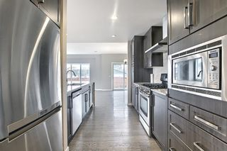 Photo 4: 6 Redstone Manor NE in Calgary: Redstone Detached for sale : MLS®# A1106448