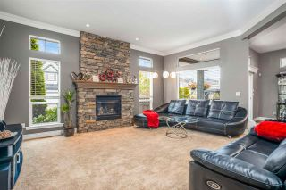 Photo 3: 19607 73A Avenue in Langley: Willoughby Heights House for sale : MLS®# R2575520