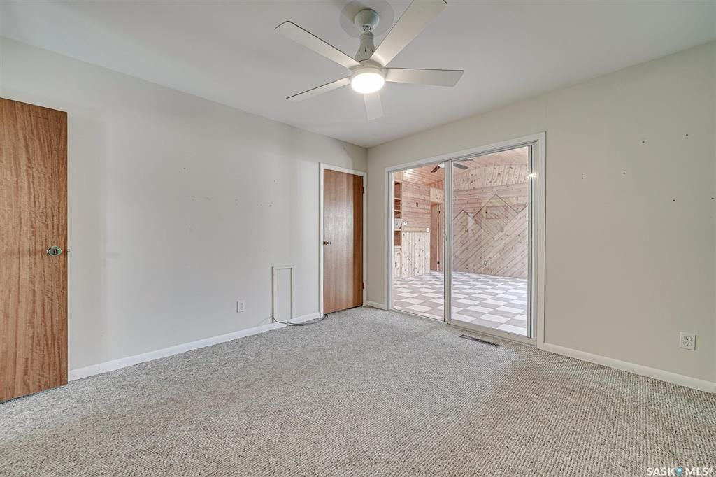 Photo 13: Photos: 105 2nd Street East in Langham: Residential for sale : MLS®# SK849707