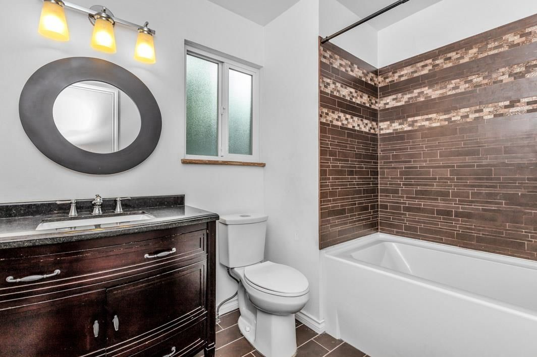 "Photo 25: Photos: 11891 CHERRINGTON Place in Maple Ridge: West Central House for sale in ""WEST MAPLE RIDGE"" : MLS®# R2600511"