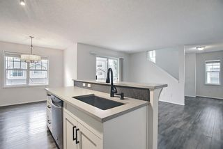 Photo 10: 3504 7171 Coach Hill Road SW in Calgary: Coach Hill Row/Townhouse for sale : MLS®# A1132538