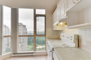 """Photo 6: 1901 6838 STATION HILL Drive in Burnaby: South Slope Condo for sale in """"BELGRAVIA"""" (Burnaby South)  : MLS®# R2285193"""